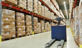 Alberta wholesale sector dips in March