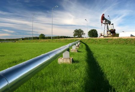 Canadian pipeline volume up in March