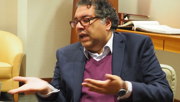 Mayor Nenshi leading an economic mission to India