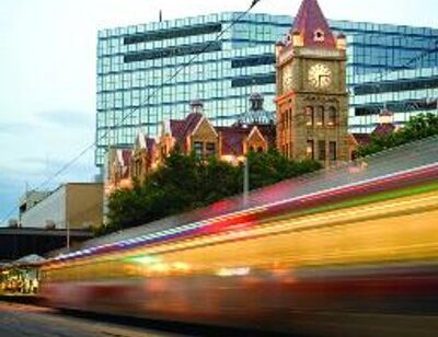Feds investing $1.53 billion in Calgary's LRT