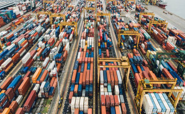 Canadian exports reach record level