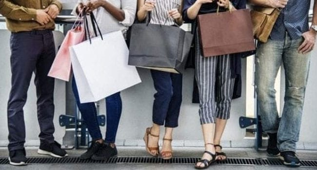 Canadian retail sales plunge amid COVID-19 pandemic