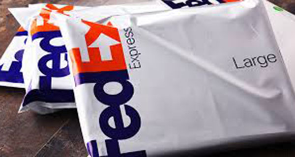 FedEx partners with Staples to expand retail footprint in Canada