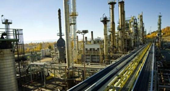 U of C report reopens debate on refining bitumen
