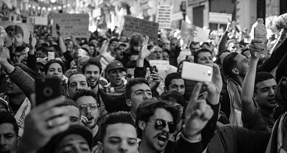 protest crowd algeria