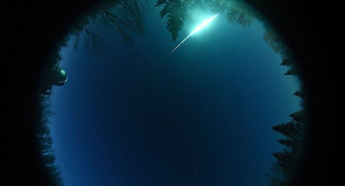 night sky comet